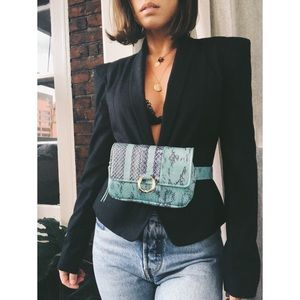 Handbags - 🆕Mimi Green & Black Vegan Snake Skin Belt Bag